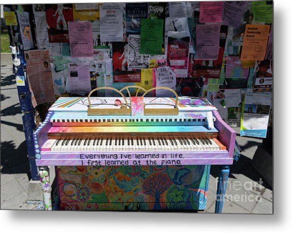 Piano At Tack Board On Sproul Plaza At The University Of California Berkeley Dsc6249 Metal Print