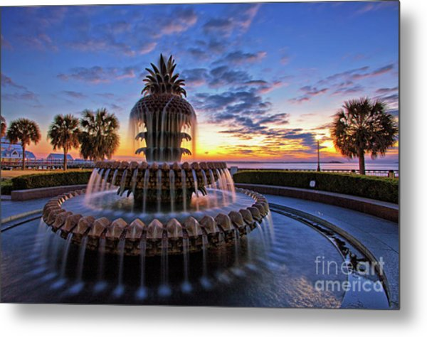 The Pineapple Fountain At Sunrise In Charleston, South Carolina, Usa Metal Print