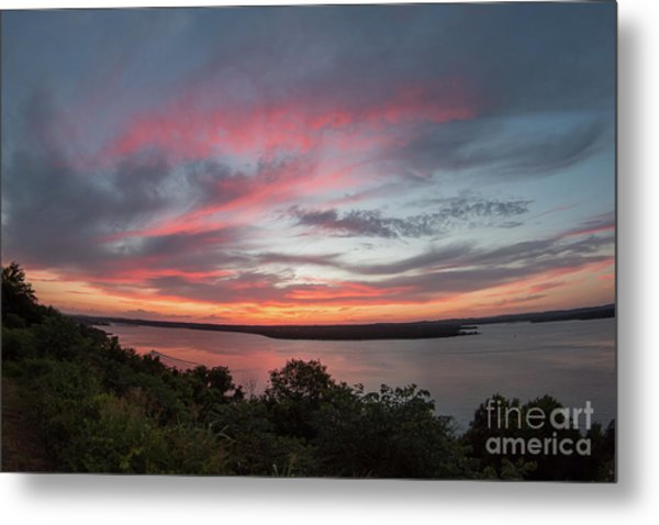 Pink Skies And Clouds At Sunset Over Lake Travis In Austin Texas Metal Print