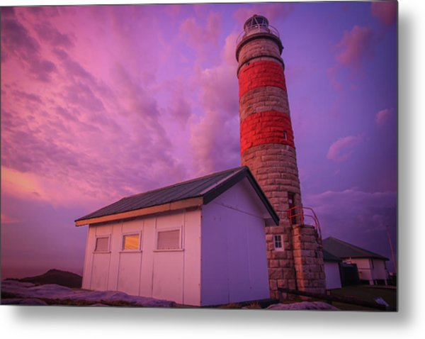 Pink Skies At Cape Moreton Lighthouse Metal Print