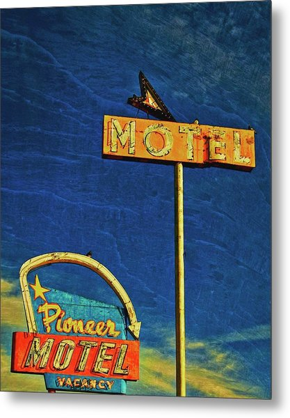 Pioneer Motel, Albuquerque, New Mexico Metal Print by Flying Z Photography by Zayne Diamond