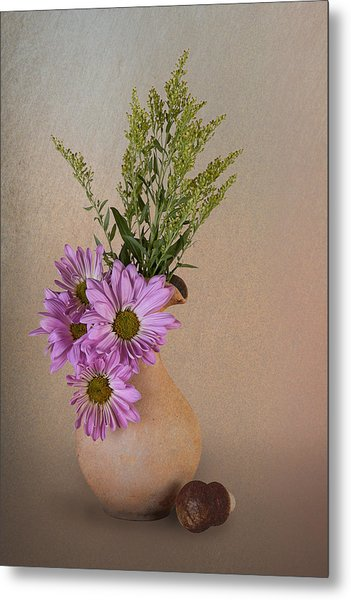 Pitcher With Daisies Metal Print