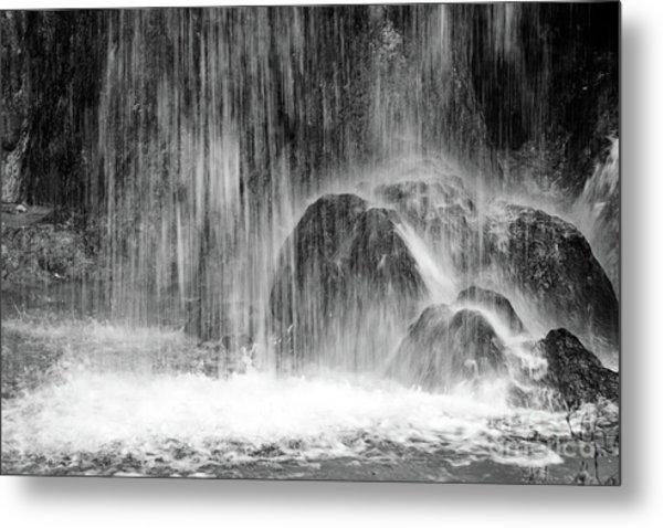 Plitvice Waterfall Black And White Closeup - Plitivice Lakes National Park, Croatia Metal Print