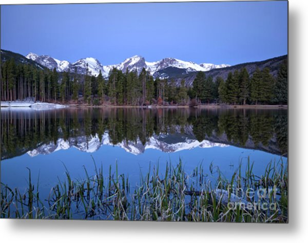 Pre Dawn Image Of The Continental Divide And A Sprague Lake Refl Metal Print