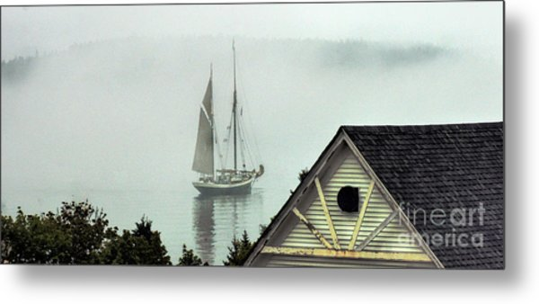 Preparing To Sail Metal Print