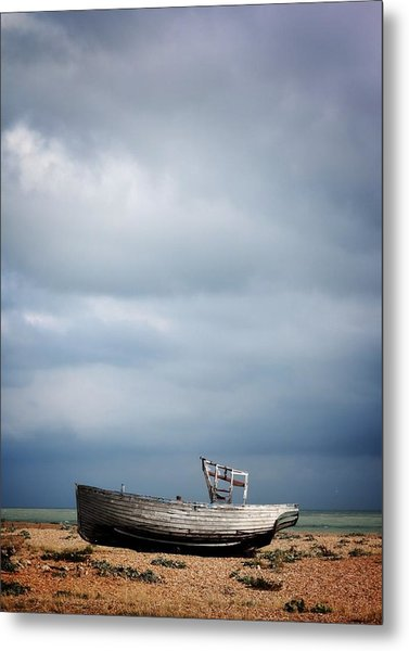 Projekt Desolate Shoreline  Metal Print by Stuart Ellesmere