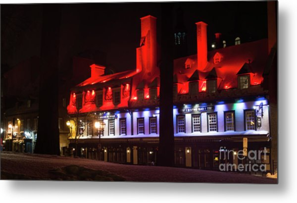 Quebec City At Night Bistro 1640 Metal Print