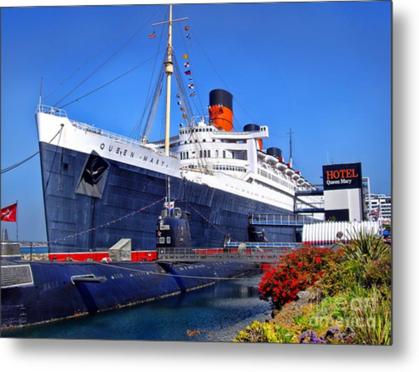 Queen Mary Ship Metal Print