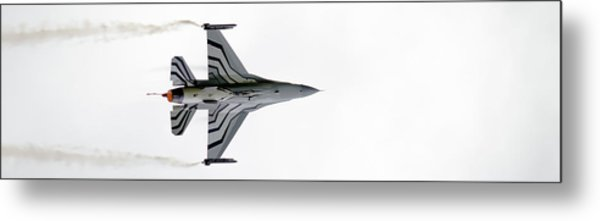Raf Scampton 2017 - F-16 Fighting Falcon On White Metal Print