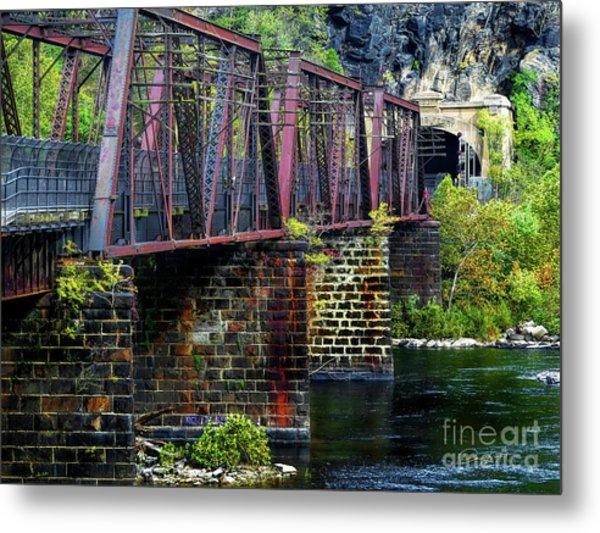 Rail Road Bridge Over The Potomac River At Harpers Ferry, Wv Metal Print