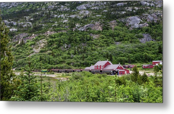 Railroad To The Yukon Metal Print