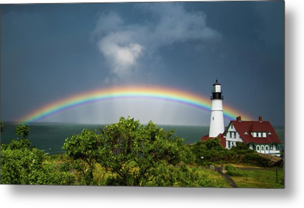Rainbow At Portland Headlight Metal Print