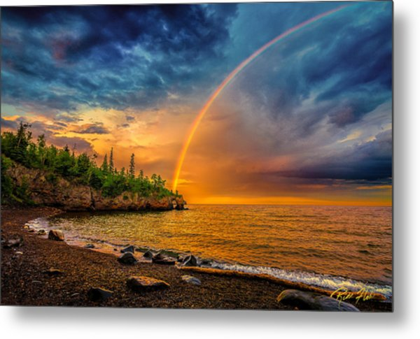 Rainbow Point Metal Print