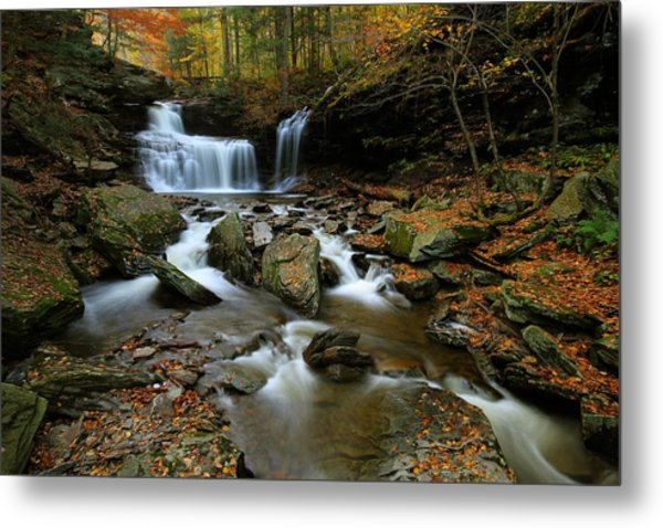 R.b. Ricketts Falls In Autumn Metal Print