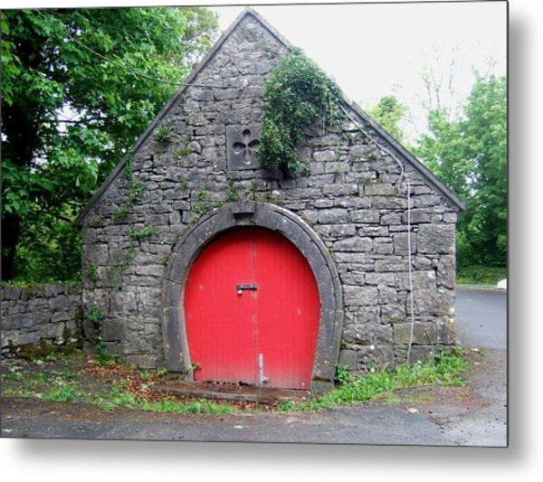 Red Barn Door In Ireland Metal Print by Jeanette Oberholtzer