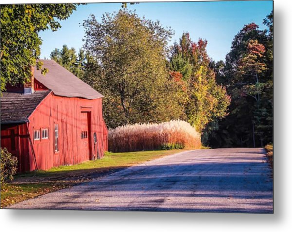 Red Barn In The Country Metal Print
