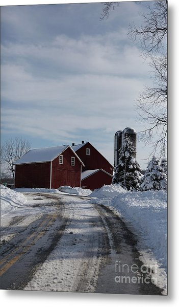 Red Barn In The Snow Metal Print
