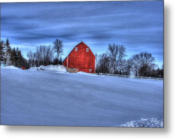 Red Barn In Winter Metal Print by Laurie Prentice
