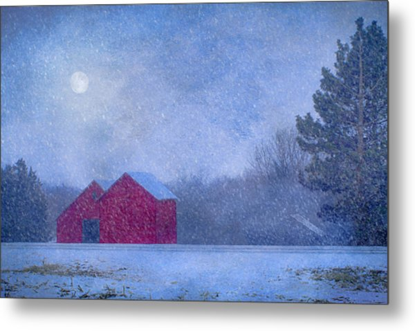 Red Barns In The Moonlight Metal Print