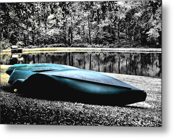 Resting Canoes Metal Print by Greg Sharpe