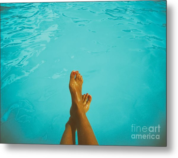 Retro Young Girl Relaxing Her Feet At Swimming Pool Metal Print