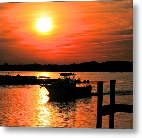 Return At Sunset Metal Print