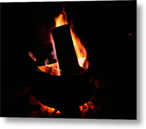 Rim Of Fire Metal Print by Martin Morehead