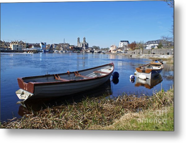 River Shannon At Athlone Metal Print