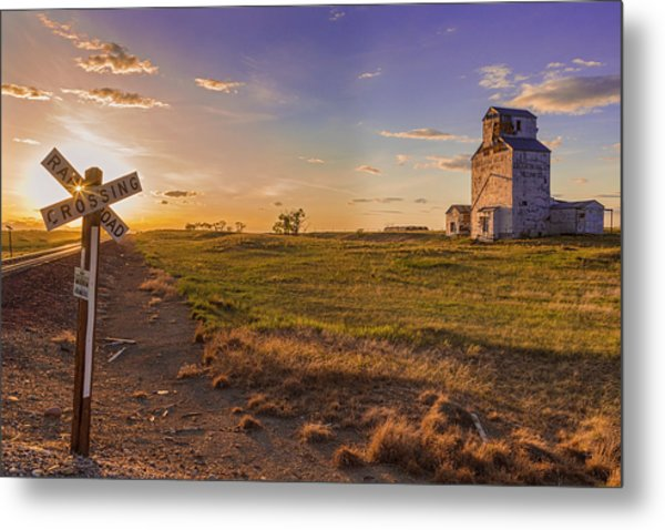 End Of The Day On The Montana Hi Line Metal Print