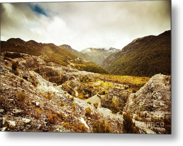 Rocky Valley Mountains Metal Print