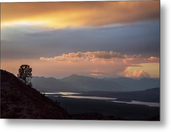 Roosevelt Lake At Sunset Metal Print by Dave Dilli