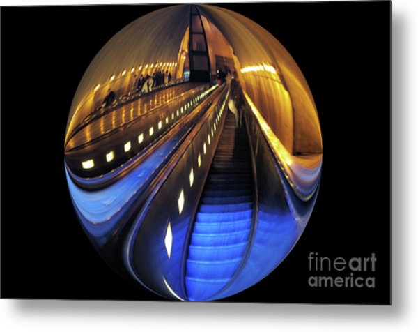 Rosslyn Metro Station Metal Print