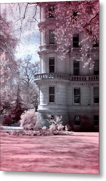 Metal Print featuring the photograph Rounded Corner Tower by Helga Novelli