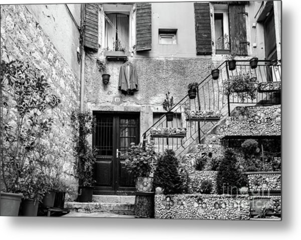 Rovinj Old Town Courtyard In Black And White, Rovinj Croatia Metal Print
