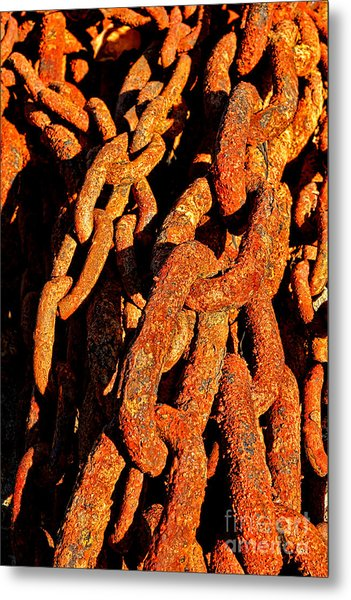 Rusting Chains In Warm Sunlight Metal Print