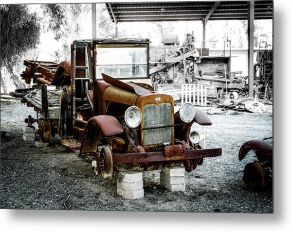 Rusty International Truck Metal Print