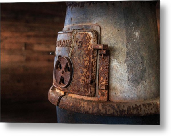 Rusty Stove Metal Print