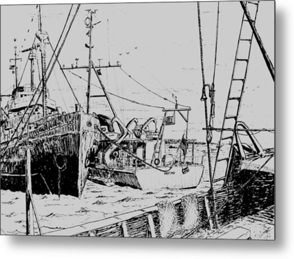 Rv Chain And Uscgss Whiting  Metal Print