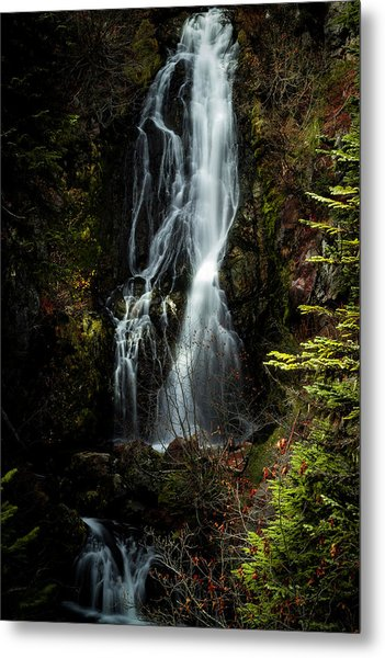 Sahale Falls Metal Print