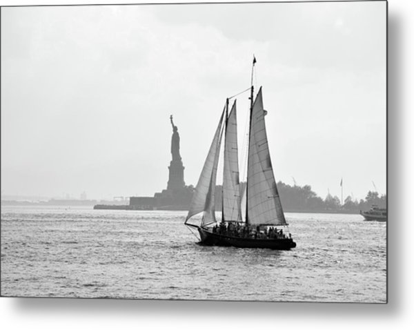 Sailing On The Hudson  Metal Print