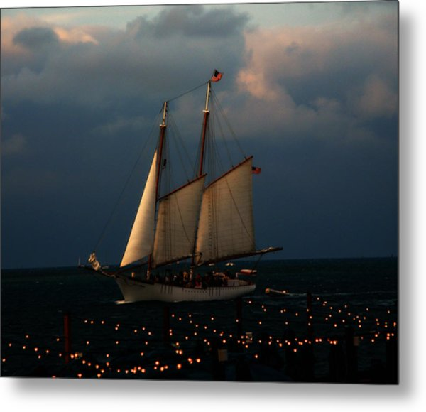 Sailing Into Sunset  Metal Print
