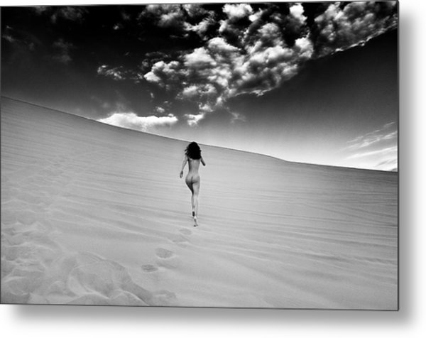 Sandy Dune Nude - Catching The Clouds Metal Print