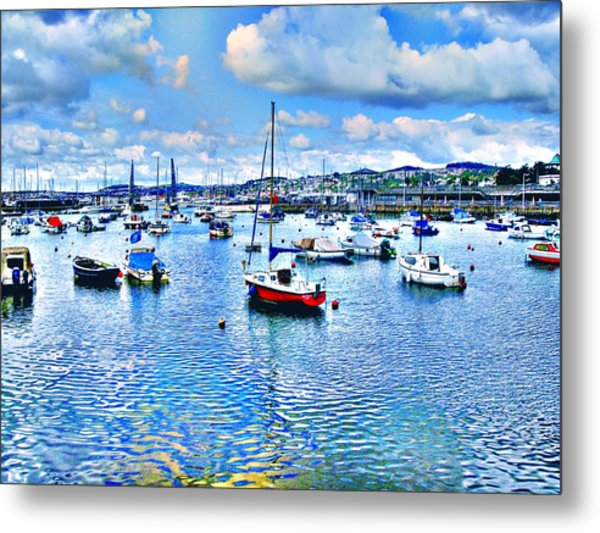 Seaside In Blur Metal Print by Roberto Alamino
