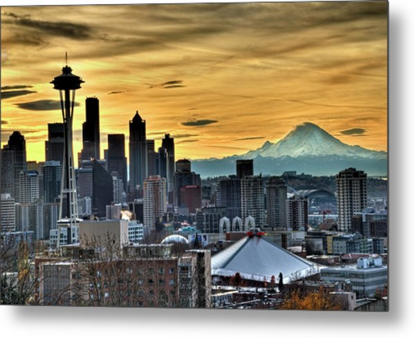 Seattle Skyline - Mt Rainier Metal Print