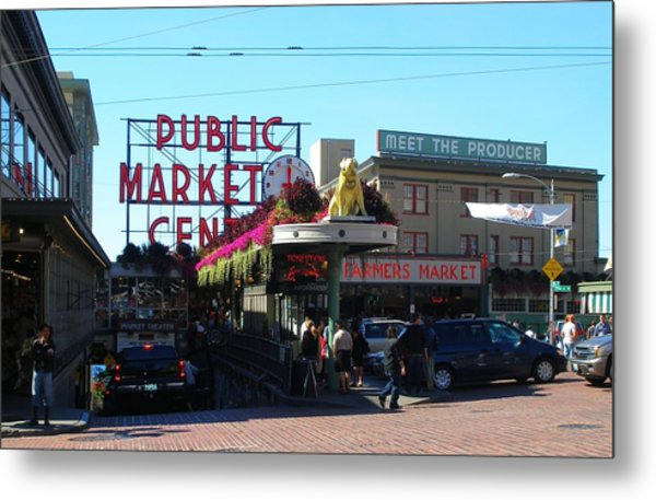 Seattle's Pike Place Market Center  Metal Print by Candace Garcia