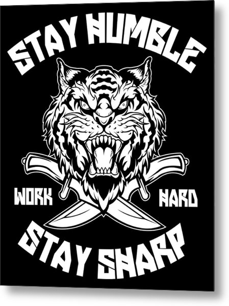 Sharp Tiger Metal Print