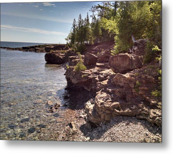 Shoreline In The Upper Michigan Metal Print