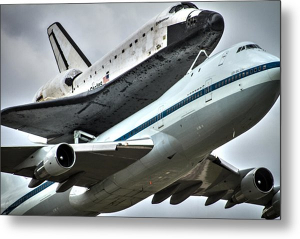 Shuttle Endeavour Metal Print