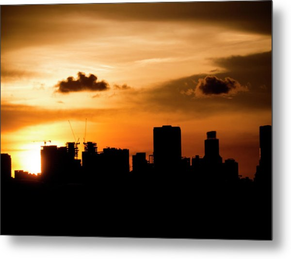 Silhouette City Metal Print