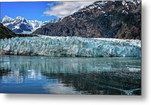 Size Perspective No Margerie Glacier Metal Print